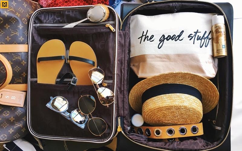 Image result for mẹo gấp quần áo du lịch
